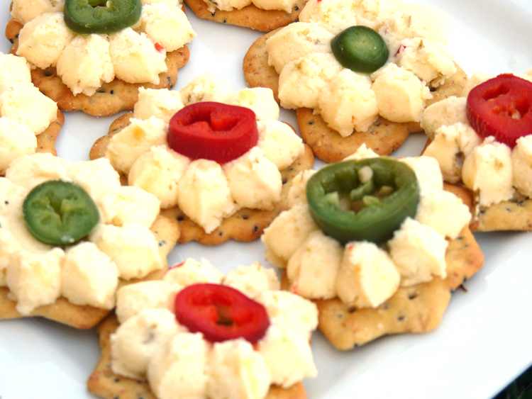 Spicy cheese canap s sweet t makes three for Canape garnishes