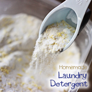Keep this Easy Homemade Laundry Detergent in your laundry room and save money!