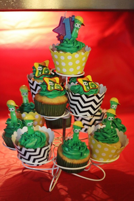 veggie tales birthday party cupcakes