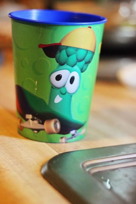 veggie tales Jr. Asparagus cup