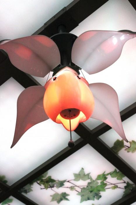 Disney Dream Enchanted Garden lighting