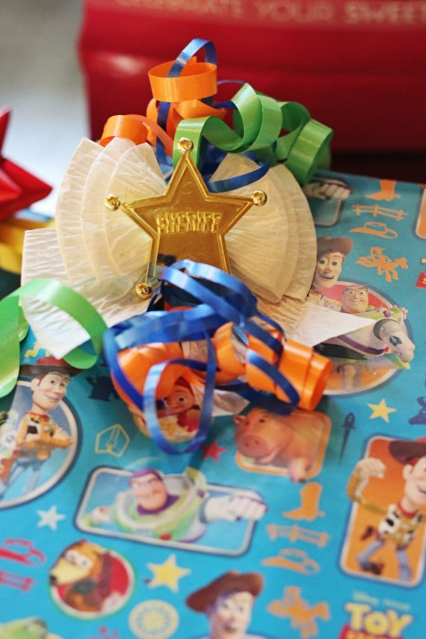toy story birthday gift wrap