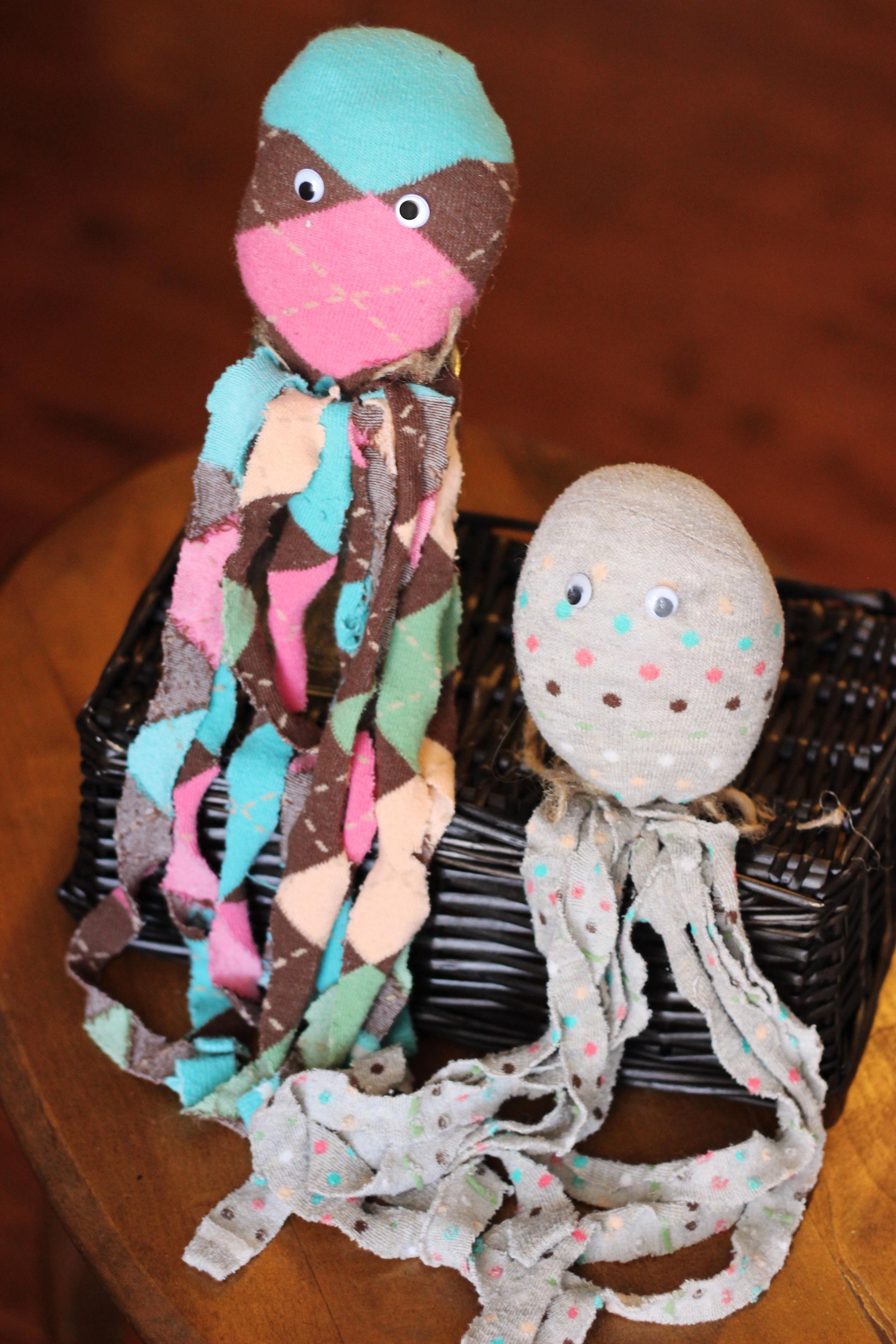 Fun Kid Craft Socktopus Octopus Sock Puppet No Sew Sweet T