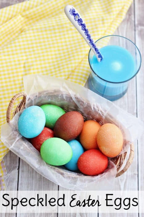 Make speckled easter eggs with kool aid sweet t makes three How to color easter eggs