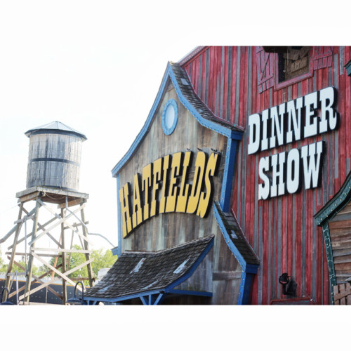 Hatfield and McCoy Dinner show review Pigeon Forge attractions