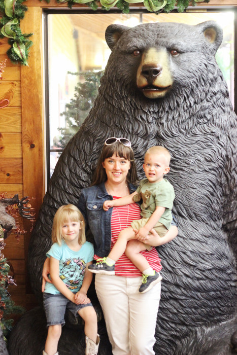 Three Bears General Store Pigeon Forge Travel GuideThree Bears General Store Pigeon Forge Travel Guide