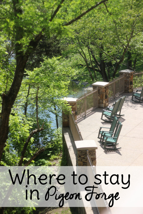 Where to stay in Pigeon Forge cabins or hotel? Find out before you travel!
