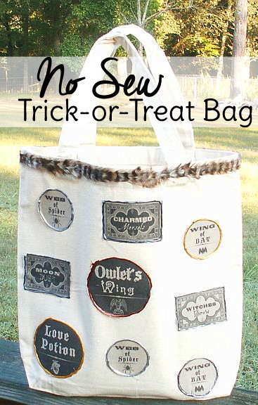 This no sew project makes the cutest trick or treat bags for your Halloween party. Free printables included!