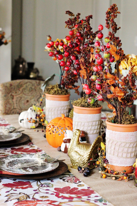 Thanksgiving decorations: Country tablescape