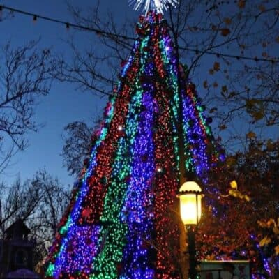 Christmas in Branson is a holiday experience you don't want to miss! Find out all about this popular Christmas destination with this travel guide that showcases Branson at Christmastime.