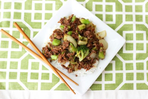 Need easy dinner ideas? It doesn't get much easier than this 10 minute meal! Keep the ingredients for this beef with broccoli recipe in your freezer and you'll always be prepared with an easy meal!