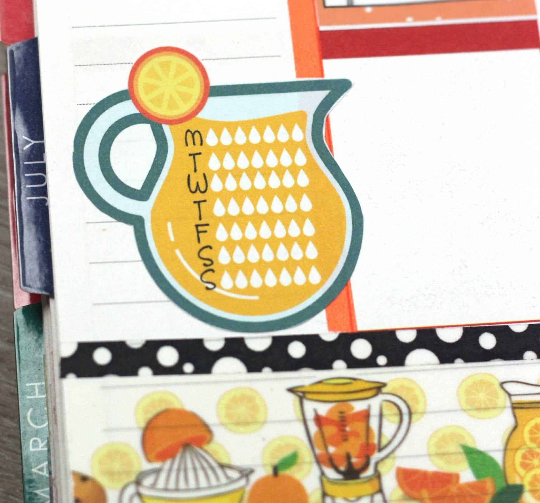 Yay for free planner printables! Enjoy these free ECLP stickers and stay hydrated this summer with these hydrate planner stickers.