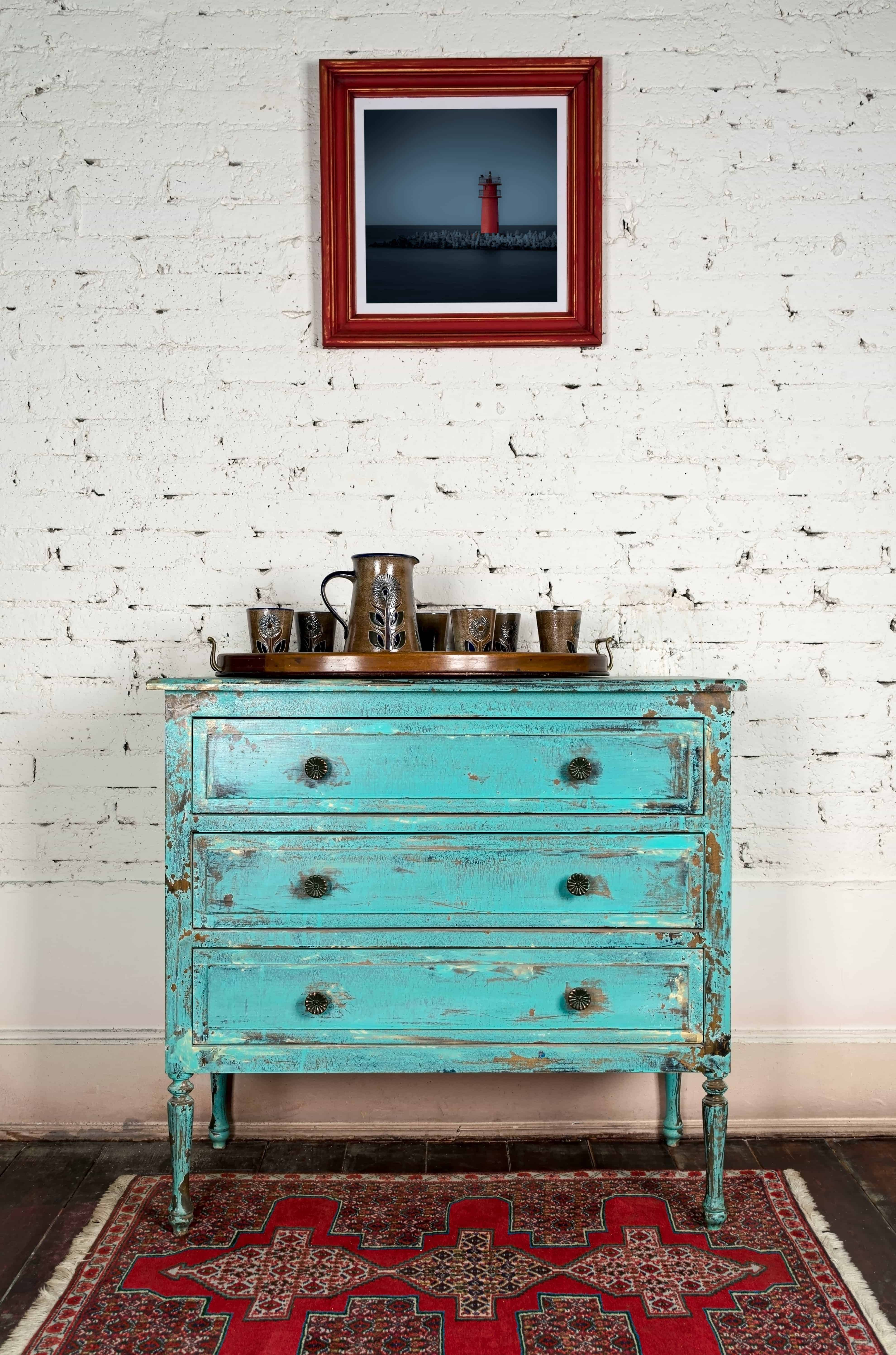 If you're revamping your home decor on a budget, be sure to check out your local Habitat for Humanity ReStore. Great finds for cheap! Use these tips and tricks to find what you need for your budget.