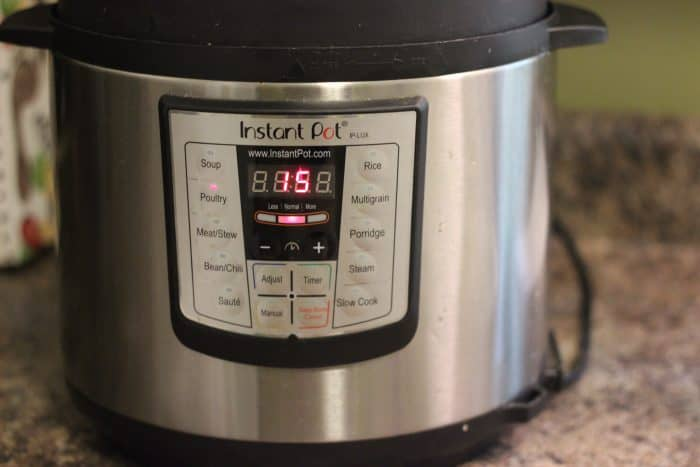 instant pot pressure cooker set to 15 minutes