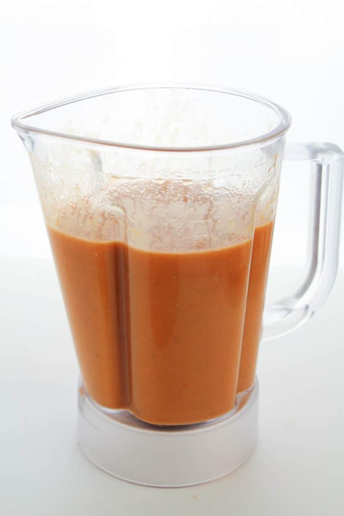 vegan tomato soup in a blender
