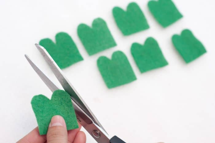 making shamrock leaves from rectangles