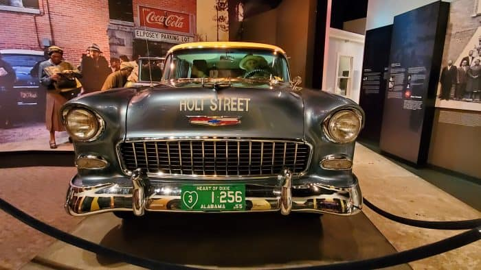 car inside the rosa parks museum