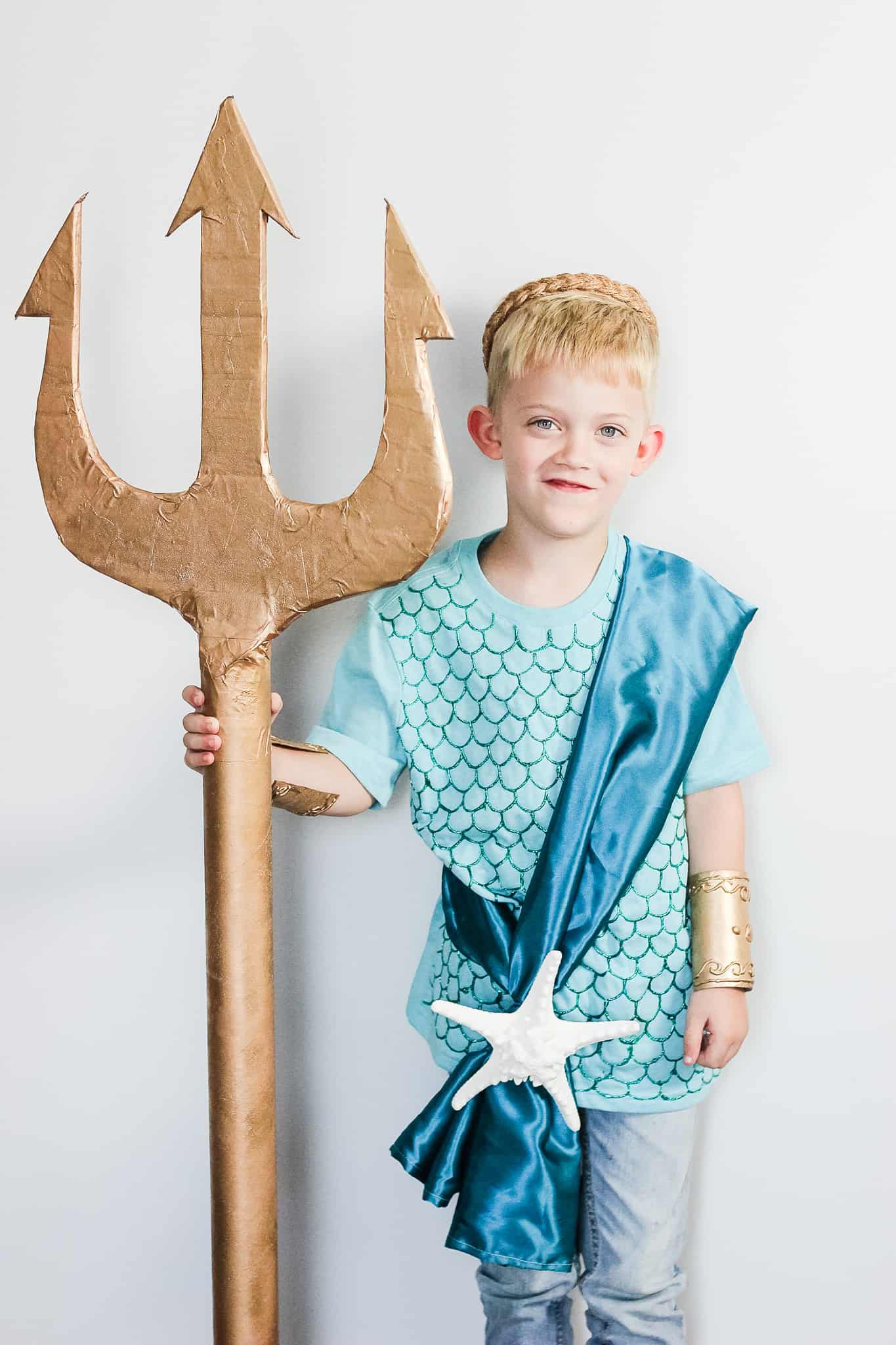 diy poseidon costume for kids with trident